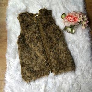 NWT Xhilaration Brown Fuzzy Jacket